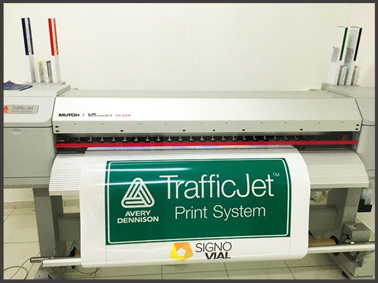 impresora-digital-para-senales-de-trafico-TrafficJet